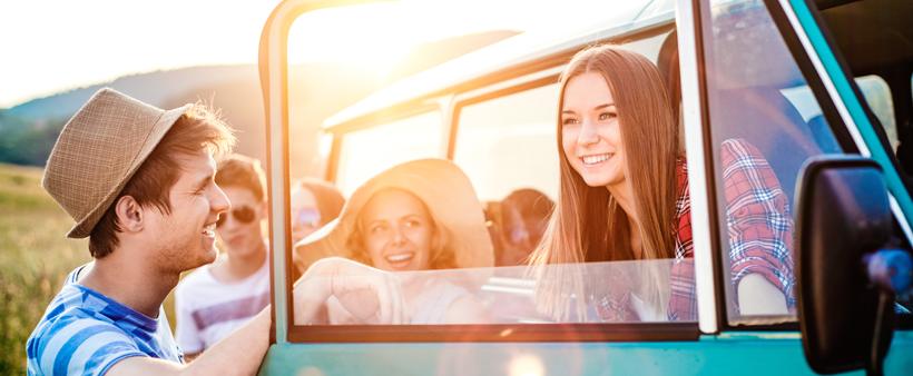 Conseils pour conduire en toute sécurité durant la longue fin de semaine de la fête du Canada.